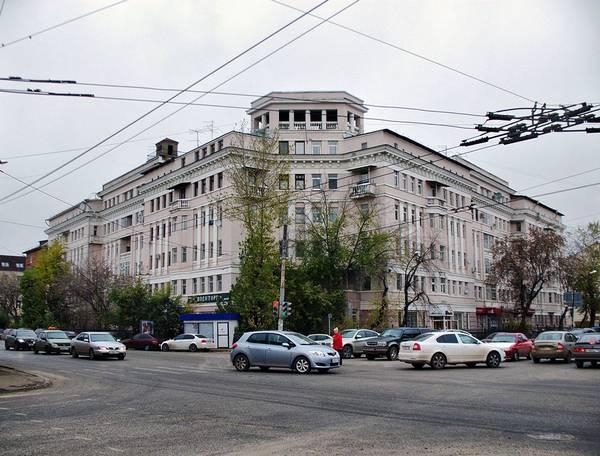 Фасад сталинки