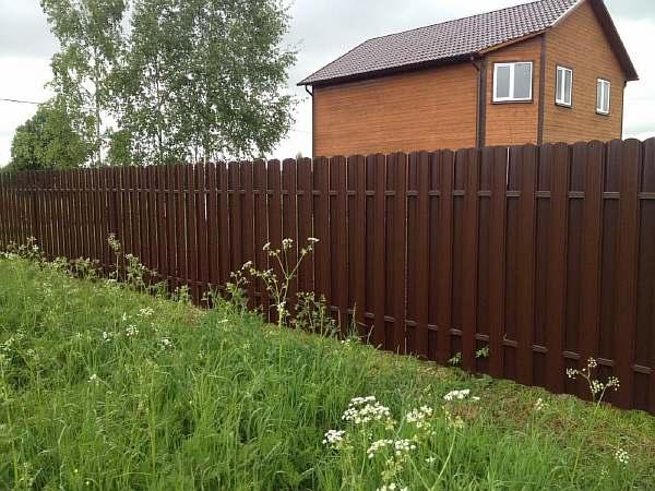 Ограда на даче