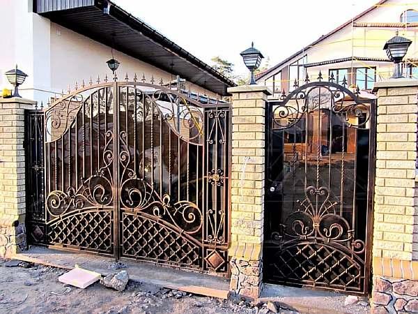 Монтаж ворот и калитки
